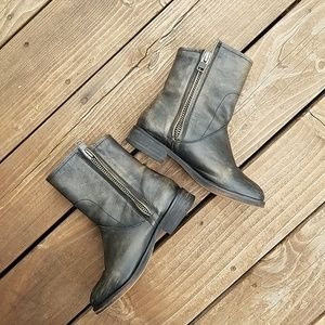 Hinge Distressed Sheldon Moto Leather Boots